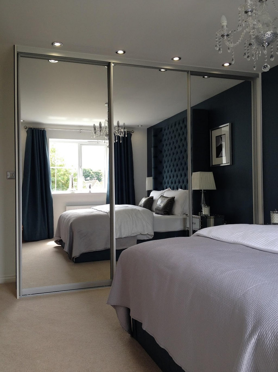 How much do mirrored sliding wardrobes for the bedroom cost