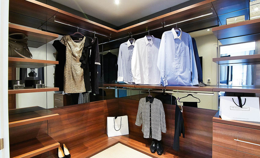 Custom walk-in wardrobes with hanging space and shelves