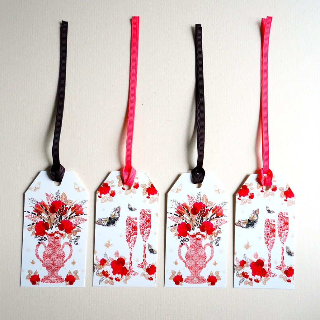 Decorque Red Rose Display - Gift Tags