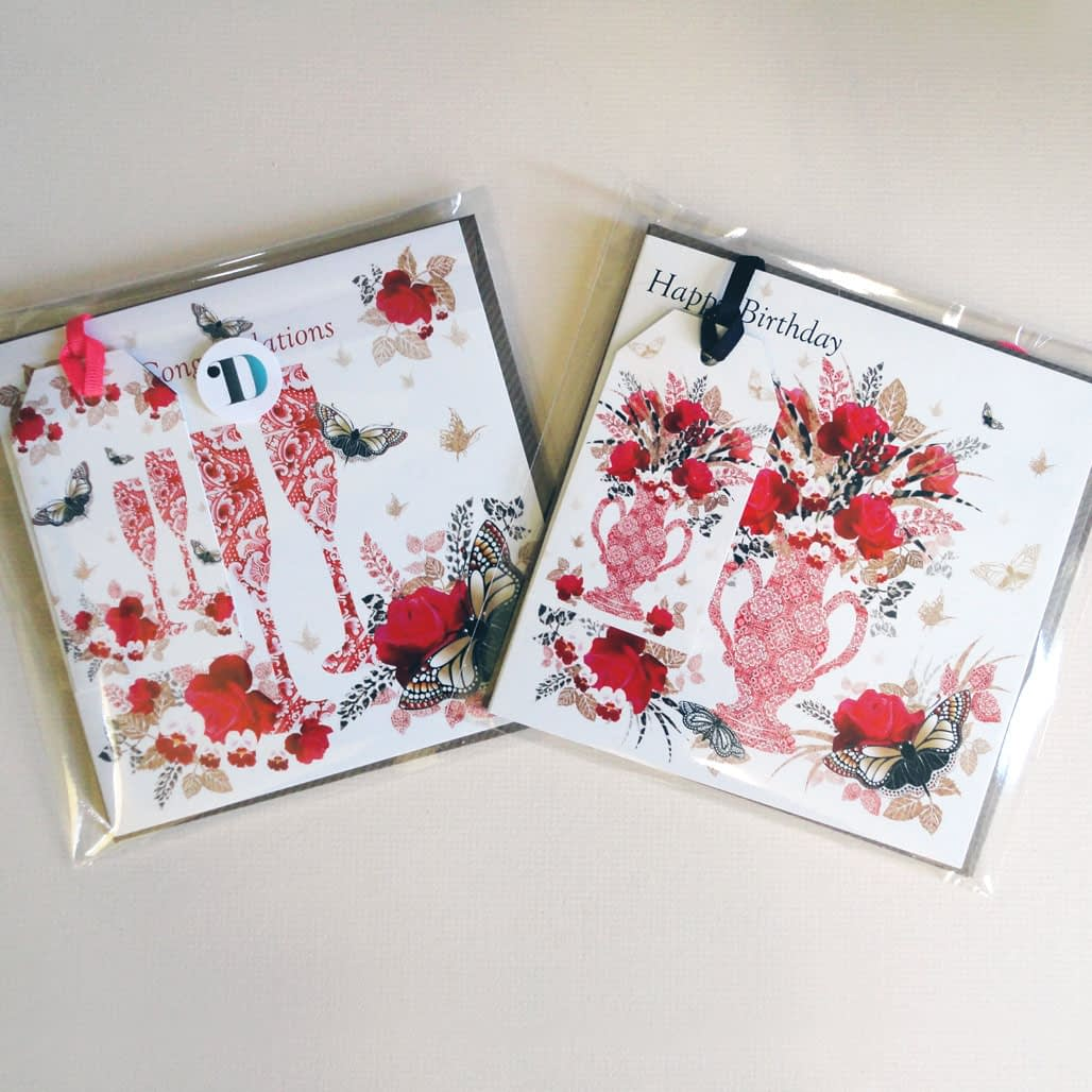 Decorque Red Rose Display Duo - Greeting Cards & Tags