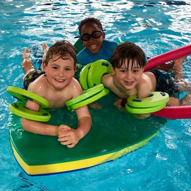 🏊🏻♂️SWIMMING IS BACK! Starting tomorrow, we'll be offering free swim at our Summer Fields site in Oxford! 🏊🏾♀️ Check out our website for more details (link in bio) . . . . . . #swim #swimming #pool #swimmingpool #fun #splash #friends #summer #summer2021 #oxford #camp #kidscamp #activitiesforkids #getactive #sport #kidsactivities #children #summercamp